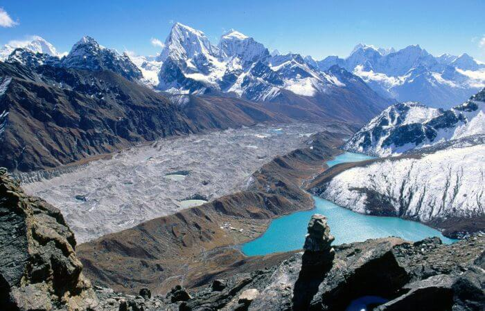 EBC circuit trek via Gokyo Ri with Chola pass