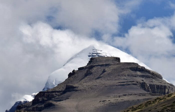 Kailash, Lake Mansarover Overland Tour via Kerung
