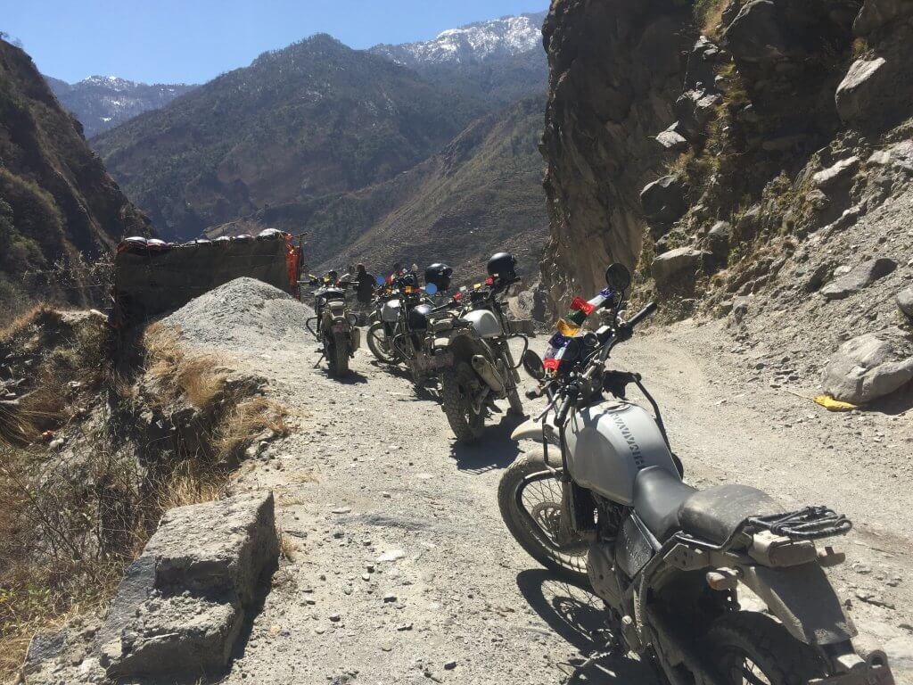 Road to Mustang